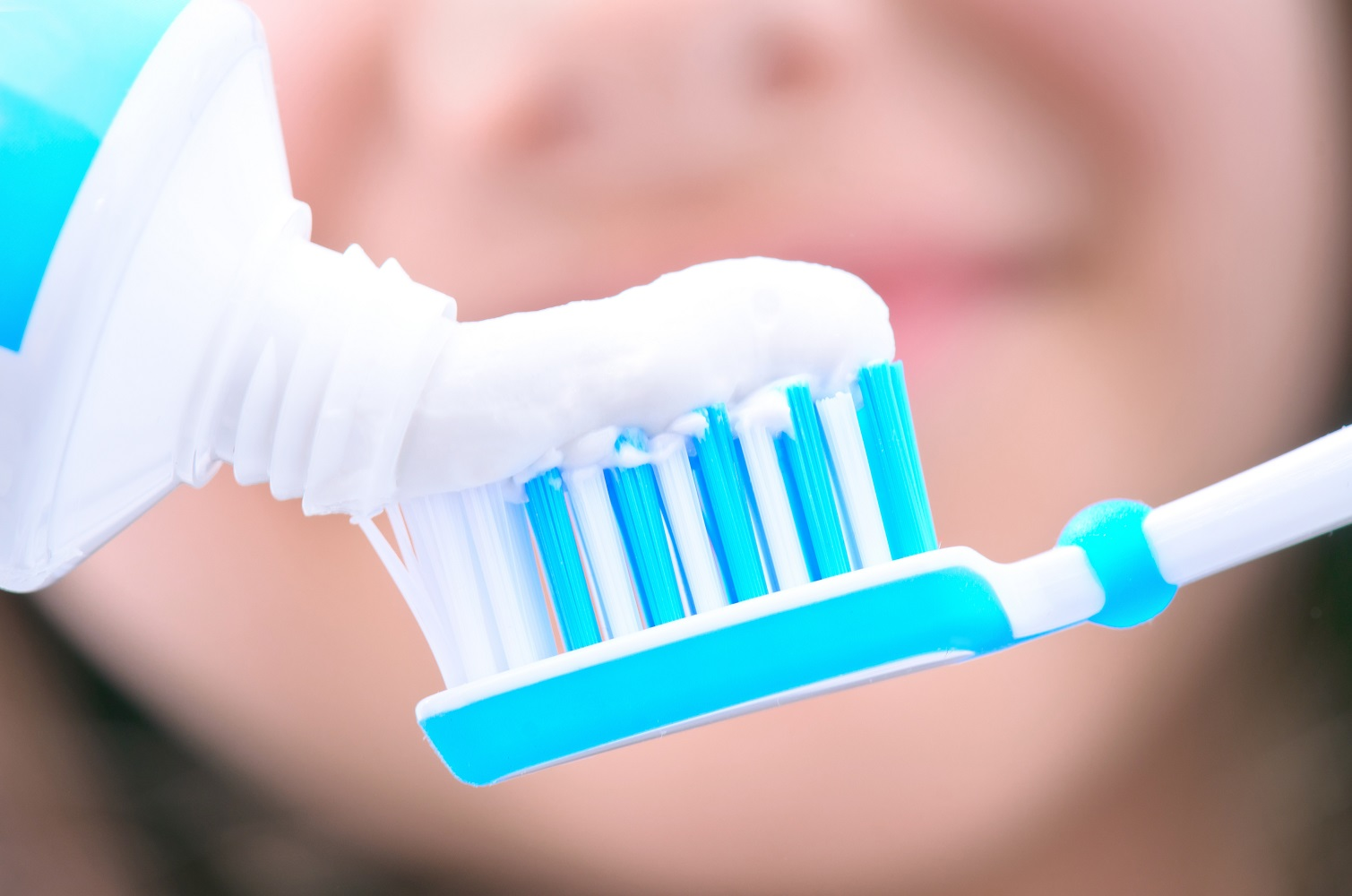 How Much Toothpaste Dentist in SugarlandTX 1000px